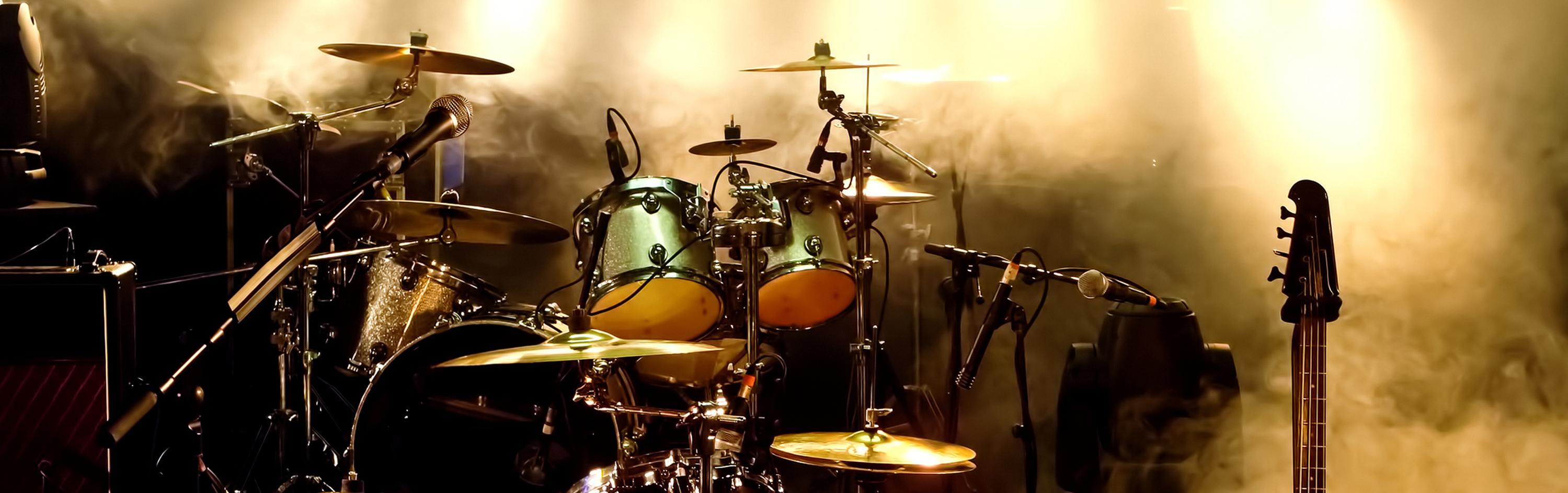 Schlagzeug zu Hause lernen